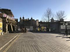 IMG_0735 (duncankelman) Tags: london londonpeople londonlandmarks londonist streetart streetphotos streetphotography streetperformance architecture autumn blackandwhitephotography blackandwhite bokeh colourphotography cityoflondon duncankelman depthoffield england endlessart historic history stjamesspark koasound koasoundphotography lens monochrome mayfair photojournalism photography portraits