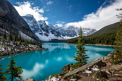 Stand up Paddling on Moraine Lake (epe3x) Tags: canada canada2016 flickr kanada morainelake epe3x