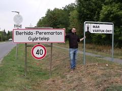 Peremarton (Norbert Bnhidi) Tags: veszprmmegye veszprm berhida peremarton tbla nvtbla helysgnvtbla teleplsnvtbla helysgnv sign namesign placenamesign placename tafel ortstafel ortsname