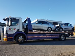 Scania Flatbed Picking Up 2 Car RTC (JAMES2039) Tags: tow towtruck truck lorry wrecker 4wheeler flatbed scania cardiff rescue breakdown ask askrecovery recovery 94d w593rsc rtc rta mercedes renault clio bump crash