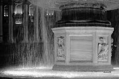 imgd6211-firma (andrea.maspero) Tags: roma fontana acqua