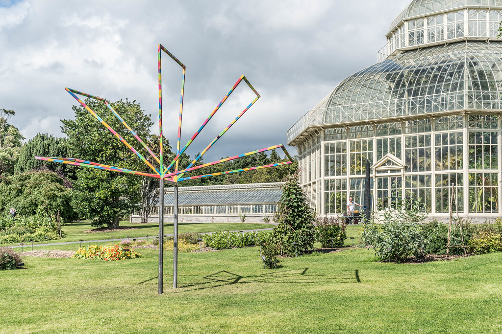 SCULPTURE IN CONTEXT 2015 AT THE NATIONAL BOTANIC GARDENS [UNOFFICIAL PREVIEW] REF-107348