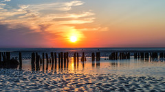 Norderney sunset (Ha-Jue) Tags: sunset strand norderney sonnenaufgang tamron70200