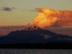 You and me are floating on a tidal wave together (Lívia.Monteiro) Tags: chile travel volcano calbuco serenidade