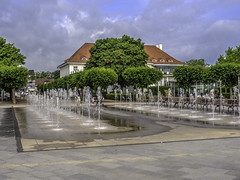 Travemunde Strandpromenade (Tony Tomlin) Tags: ocean park sea beach germany baltic maritime fountains lubeck travemunde