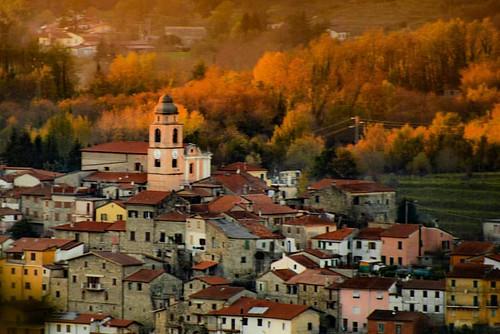 #gassano #lunigiana #tuscany #italy #lunigianadascoprire #igersmassacarrara #igerstoscana #igersitalia #volgomassaecarrara #volgotoscana #volgoitalia #ig_toscana #hidden_igers #nikon #nikonitalia #nikontop #nikonphotography #igpic_toscana #vivotoscana #be