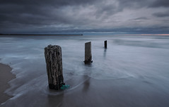 Elements (Elidor.) Tags: morning sea sunrise waves northumberland berwick groynes spittal d90 elidor