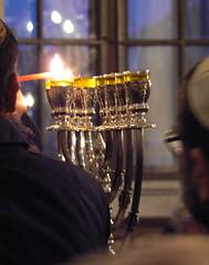 Hanukkah 5776 4a/4 (AnnAbulf) Tags: fvg judaica hanukkah chanukkah gorizia kippah hanukkiah leuchter kerzenleuchter friuliveneziagiulia  grz abigfave chanukkiah  friauljulischvenetien hanukk chanukk kipp schamasch hanukki chanukki chanukkahleuchter hanukkahleuchter  chanukkleuchter hanukkleuchter