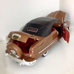 Ford 1950 Diecast 1:18 Maisto (Diecast, carros colecionveis, collectible cars, ) Tags: ford toy brinquedo collectible oldcars 118 diecast maisto carroantigo ford1950 colecionvel iphonepic photoiphone fotofeitacomiphone