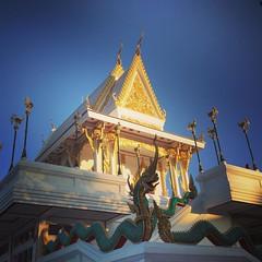 มาเจอโดยพรหมลิขิต #thailand #temple #outdoor