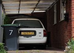 L929 FUR (Nivek.Old.Gold) Tags: ford estate 1993 18 lx mondeo 16v