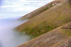...clouds in the valley (Lucky Lu62) Tags: castellucciodinorcia paesicitt
