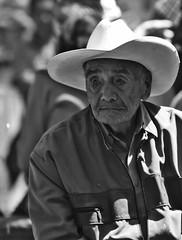 San Jasinto 361 (L Urquiza) Tags: portrait retrato old men mexico monocrome san angel jacinto bazar del sabado faces