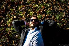 DSC02085 (Aurorasogna Mila) Tags: uomo man ragazzo boy guy model modello albo taranto laquila collemaggio parcodelsole parco del sole natura nature port portraits portrait ritratto viso volto face glasses glass park reflex sony alpha290 aurorasogna green verde