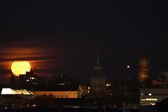 DSC_3717 (Joachim S. Müller) Tags: mond moon supermond supermoon gestirn celestial landesmuseum hochzeitsturm mathildenhöhe darmstadt hessen deutschland germany