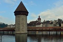 Kapellbrücke wooden bridge in Luzern (pchurch92) Tags: switzerland kapellbrücke