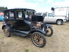 1924 Ford ModelT sedan (bballchico) Tags: 1924 ford modelt sedan phinnywarren terrywarren arlingtoncarshow arlingtondragstripreunionandcarshow carshow 1920s 206 washingtonstate arlingtonwashington