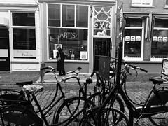 Galerie ART(S) (Art(s) Collect) Tags: jaccoarts gallery galerij kunstgalerij thenetherlands grave art arts galerie