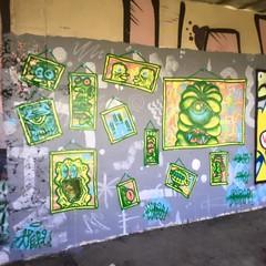 'Happy Family' (ViSiON (NZ)) Tags: streetart graffiti vision tic graffitiart talkischeap burga nzstreetart dunedingraffiti dunedinstreetart nzgraffiti nzgraffitiart dunedingraffitiart streetartdunedin