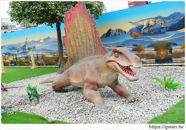 23745998570 f641d56146 z - [台中展覽●西屯區] 台中侏儸紀樂園–全台唯一戶外大型恐龍展,展期2015/12/18~2016/3/17 ♪ 來看會動的恐龍