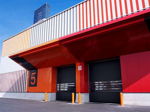 Спиральные скоростные ворота. Спіральні швидкі ворота. Hi speed spiral doors. EFAFLEX_Messe F_0022