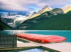 Lake Louise, Banff National Park, Alberta, Canada, 1999 (.JL.) Tags: alberta jackson 1999 jacksonloi loi canada banffnationalpark london on