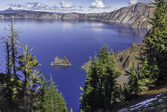 Ghost Ship Crater Lake (nhphoto1954) Tags: usa leecarvalho nhphoto oregon volcano caldera craterlake ghostship lake blue