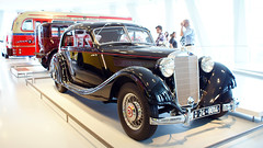 1939 Mercedes-Benz 320 Stromlinien Limousine (Frankleton Foto) Tags: 1939 cars mercedesbenz 320 streamlined stromlinien limousine