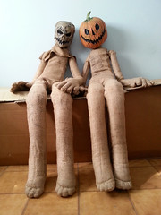 Halloween Scarecrow and Pumpkin King (Master Puppet) Tags: doll dolls puppet toy dukke nukke poupee bambola pupazzo boneca docka muneca puppe dolly fursuit furry plush stuffed mannequin giant lifesize scarecrow pumpkin king sewing fabric juta halloween horror