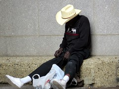 IMG_3527 (kennethkonica) Tags: canonpowershot canon global random hoosiers outdoor talking candid street streetphotography marioncounty midwest america usa indiana indianapolis indy hat people persons sweater snickers cowboyhat sit sitting seat seated alley platicbag socks november grim