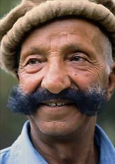 CHE BAFFONI !!!!! (ADRIANO ART FOR PASSION) Tags: pakistan villaggio 1984 olympus om2 sorriso scansione scan epson v550 slide diapositiva baffoni mustache pakistano uomo man