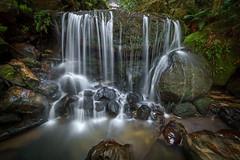 Leura Weeping Rock #2 (affectatio) Tags: waterfall waterfalls falls leura weepingrock bluemountains newsouthwales nsw sony a77mk2 a77ii tokina 1116mm