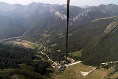 Fuente De (jc.mendo) Tags: jcmendo canon 7d tamron 18270 fuente fuentede teleferico picos picosdeeuropa montaas paisaje landscape green