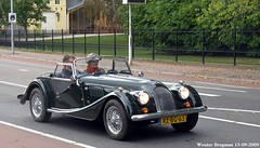 Morgan 4/4 1800 1997 (XBXG) Tags: rzbg63 morgan 44 1800 1997 cabriolet cabrio convertible roadster green haarlem nederland holland netherlands paysbas vintage old classic british car auto automobile voiture ancienne anglaise uk engeland england vehicle outdoor retro