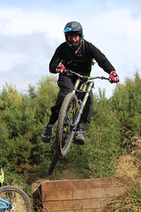 Stile Cop Red Run Downhill MTB (Chris.Moakes) Tags: new chris red mountain bike main run downhill line ridge trail cannock cop mtb chase balboa wonderland stile jumps moakes