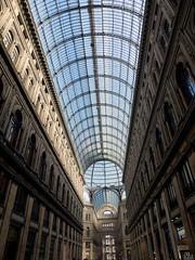 Neapel, Galleria Umberto (nadinetruyol) Tags: italien licht fenster halle neapel galleriaumberto