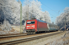 101 055 DB Fernverkehr (Daniel Powalka) Tags: winter germany bayern photography photo nikon flickr foto fotograf fotografie photographer photographie award himmel eisenbahn db fotos nikkor railways sonne spotting wetter railroads schiene reif strecke eurocity lokomotiven d90 elok nikon18200 flickrsbest flickrcenter flickraward flickrphotoaward flickrawardgroup goldstaraward photonawards goldstarflickraward awardflickrbest nikonflickraward flickrtravelaward flickrclickx flickrphotosperfect