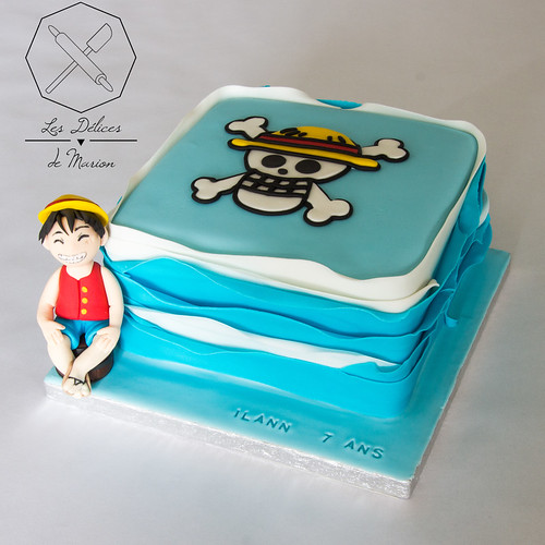 Delices Marion Cake Design One Piece Gateau Personalise A Photo On