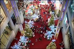 151121 Pavilion 37 (Haris Abdul Rahman) Tags: leica decorations weekend sunday malaysia kualalumpur bukitbintang leicamp summiluxm35 pavilionkualalumpur wilayahpersekutuankualalumpur harisabdulrahman harisrahmancom shoppingmalldecorations typ240 xmas2015 fotobyhariscom