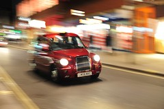 London Calling (Steve Lundqvist) Tags: panning race cab taxi tassista english london londra inghilterra england uk britain british street streetphotography car corsa fetch red night life nightlife lights low vehicle nikon 50mm f14 nikkor pan road movement