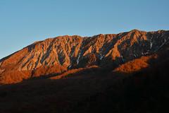 Mt. Daisen:The morning glow (Yohsuke_NIKON_Japan) Tags: daisen tottori morningglow glow nature yonago kofu kagikake 鍵掛峠 大山 鳥取 自然 大山環状道路 山陰 sanin d7100 2485mm