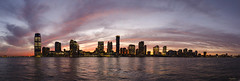 Jersey city_New Jersey (regis.muno) Tags: newyork usa nikond7000 sunset coucherdesoleil hudsonriver statuedelaliberte ladyliberty newjersey jerseycity manhattan cruise orange blue purple mauve yellow pink