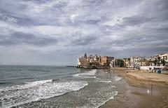 Sitges - Playa (Ventura Carmona) Tags: españa spain spanien cataluña catalunya sitges santatecla sanbartolomé venturacarmona