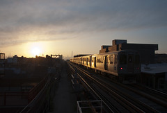 Fog rolling in (sooline502a) Tags: cta westernave blueline 2600 sunrise