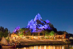Everest (lefthandm3dia) Tags: everest animalkingdom disney waltdisneyworld disneyworld