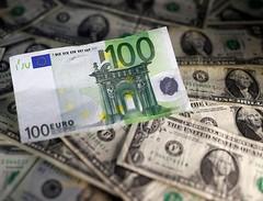 Dollar slips from 13 1/2-year high after two-week rally (majjed2008) Tags: 12year 13 dollar high rally slips twoweek zenica bosniaandherzegovina
