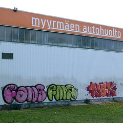 Fans x2 Tjak (neppanen) Tags: sampen discounterintelligence helsinki helsinginkilometritehdas suomi finland piv83 reitti83 pivno83 reittino83 fans hgs tjak nak ijak graffiti