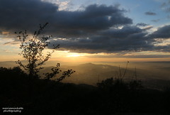 Moment Zen (mariaminhota) Tags: portugal northofportugal guimares penha mount sunset sunlight panoramicview clouds sky cloudyday mariaminhotaphotography minho canoneos70d canonlens silhouete
