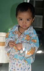 cute big-eyed boy (the foreign photographer - ฝรั่งถ่) Tags: sep252916sony cute big eyed boy khlong lard phrao portraits bangkhen bangkok thailand sony rx100