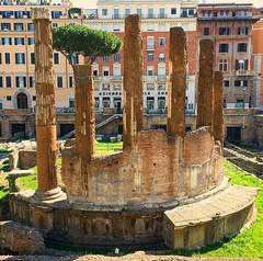 Ruínas de um templo da época da República Romana do ano 101 a.C. (jpcamolez) Tags: ruínas de um templo da época república romana do ano 101 ac